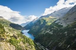 Paysage montagneux, fjord